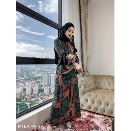 [MILA-MIYA] Tropical Print Kurung Modern Ribbon Sleeves Blouse & A-line Skirt- Forest Green